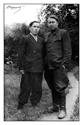Кушаков С.М. и М.Чойн на прогулке в саду им.Ленина (г.Йошкар-Ола, июль 1950 г.)